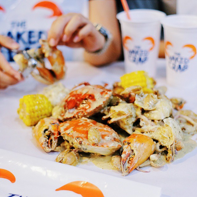 Honestly, at first I thought it was just like any other #InstaNonik spot in town. Turns out I love it so much. Quite pricey but must try their Mix Seafood with the creamy Naked Signature sauce. Finger. Licking. Good! I'm #OfficiallyNaked. // The Naked Crab - Unit 2 Spazio Food Terrace, #Surabaya.  #inijiegram #food #TableToTable #kuliner #culinary